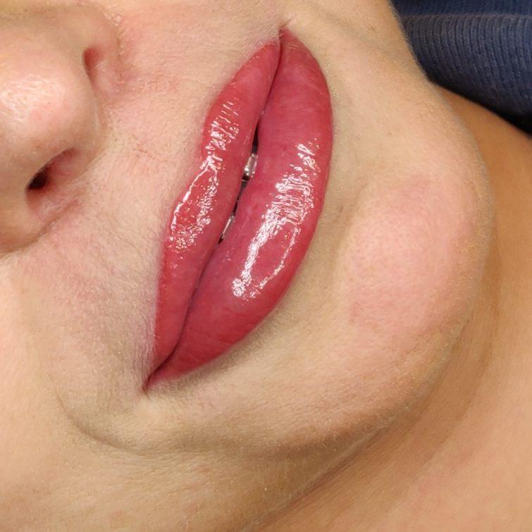 Permanentny makijaż ust | pokojska.com